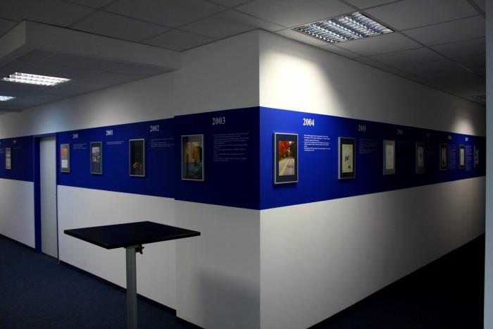 beschriftung-wand-montage-muenchen-werbung-digitaldruck