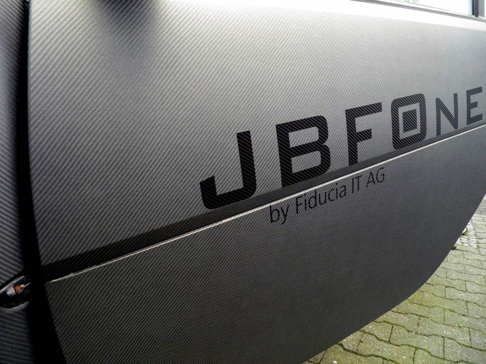 car-auto-wraping-kleben-beschriftung-folie-muenchen-digitaldruck