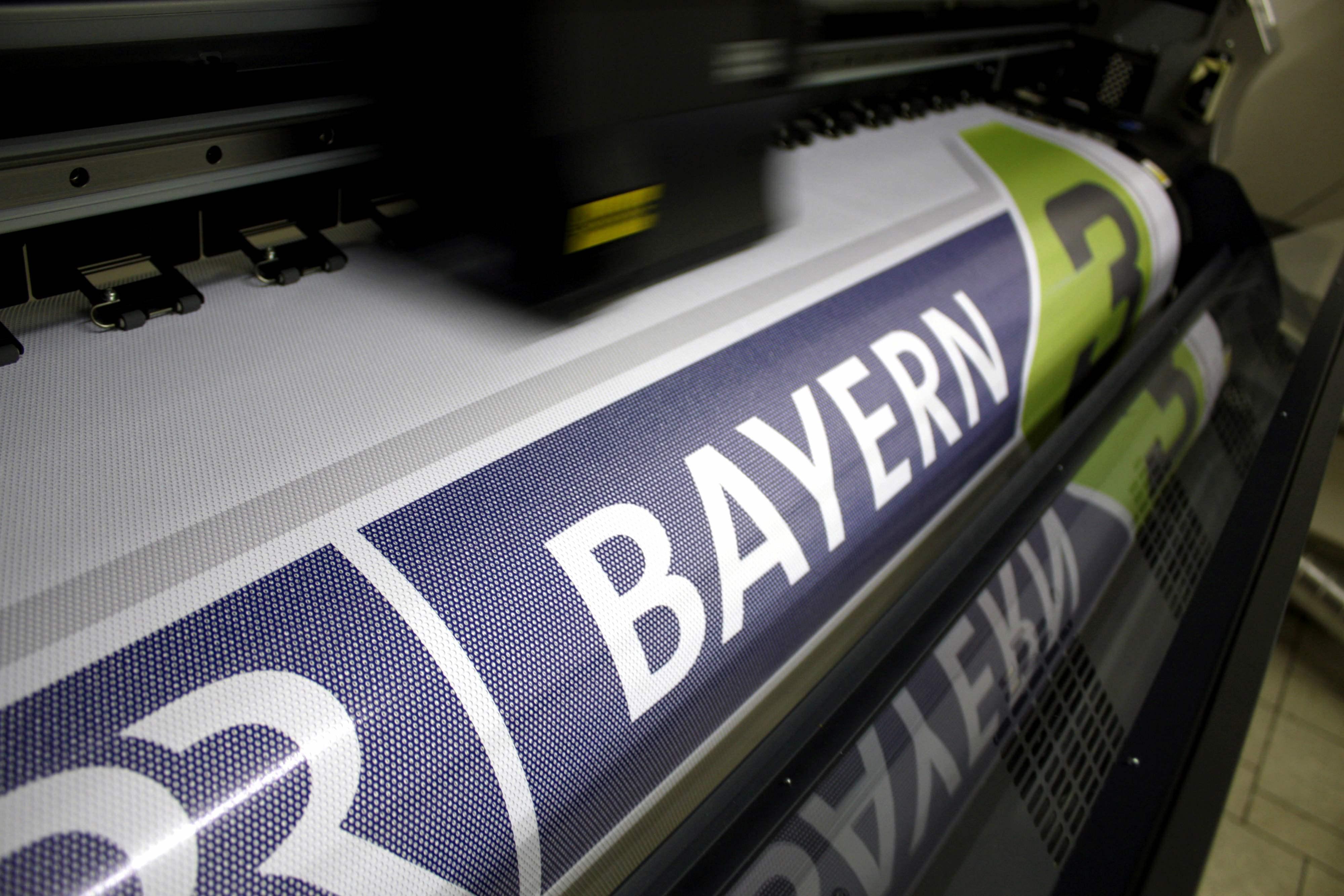 druck-banner-PVC-reklame-guenstig-digitaldruck-muenchen